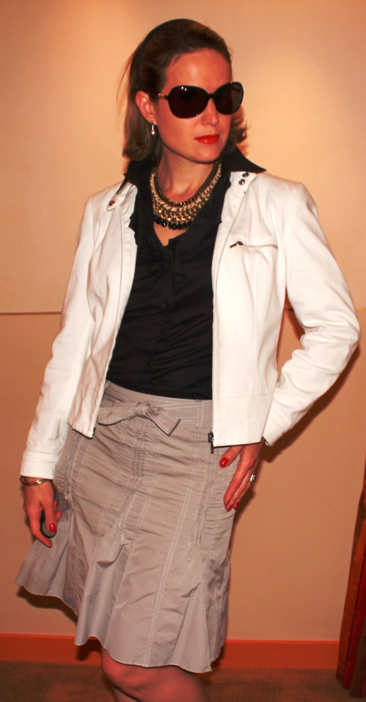 Skirt by Gérard Darel Shirt by Manoukian Jacket by Caroll