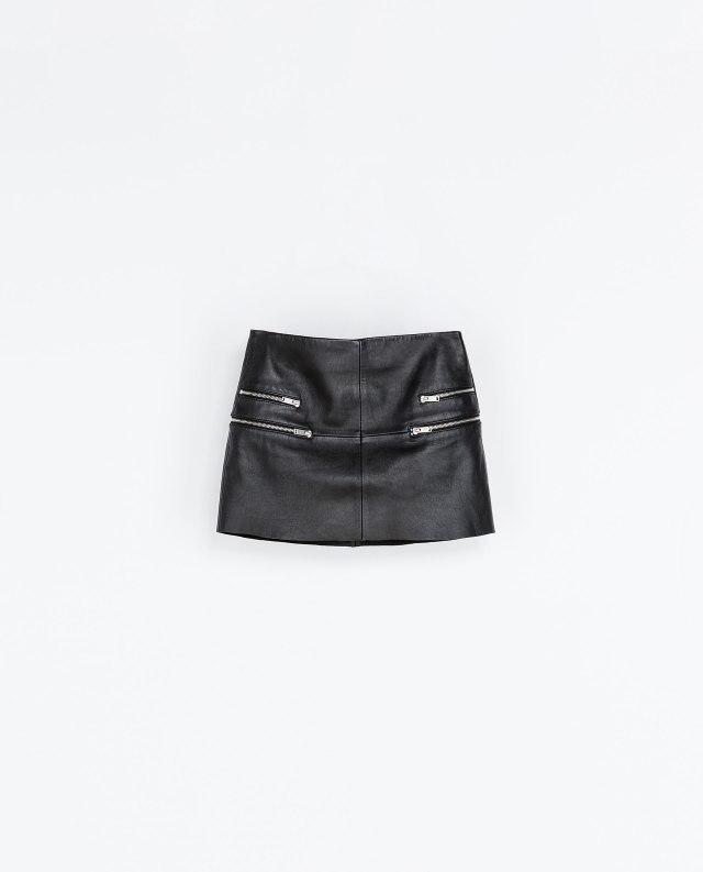 Mini-jupe en cuir et zip Zara