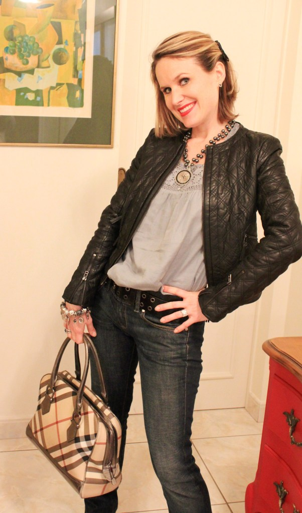 Veste, Zara Blouse, Caroll Jeans, Diesel Ceinture, Comptoir des Cotonniers Sac, Burberry Chaussures, Clergerie