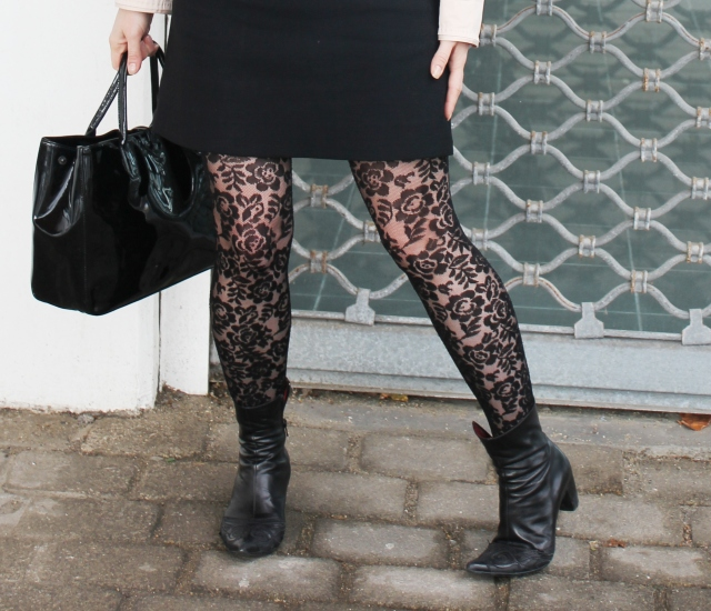 Flowerful legs (8)