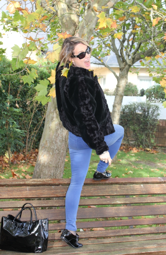 Square time in fake fur (15)