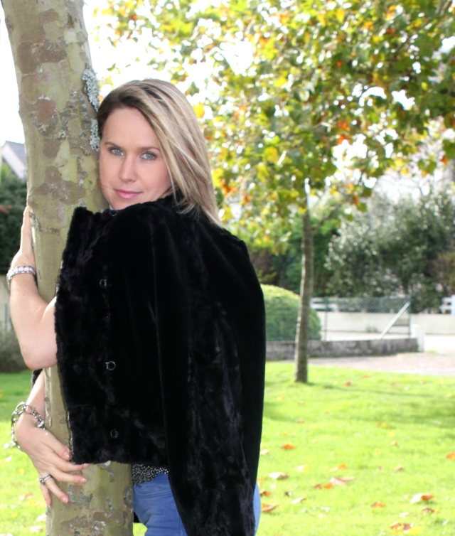 Square time in fake fur (60)