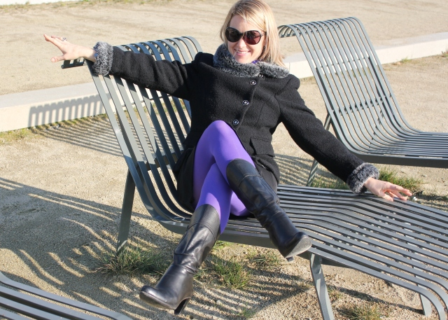 Full black with purple legs (8)
