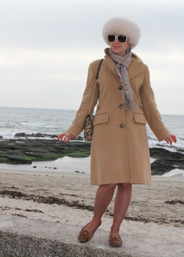 Max Mara fur hat and leo in the wind (65)