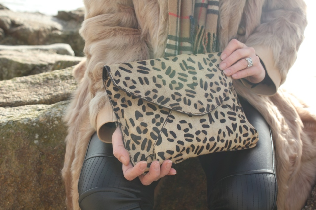 Black leather slim & fur (13)
