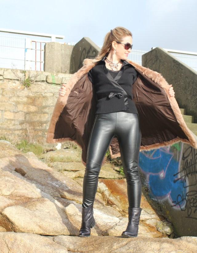 Black leather slim & fur (17)