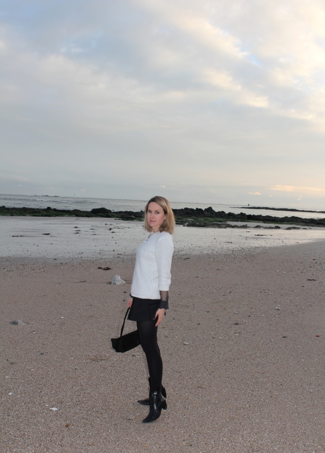 Walking on the beach (22)