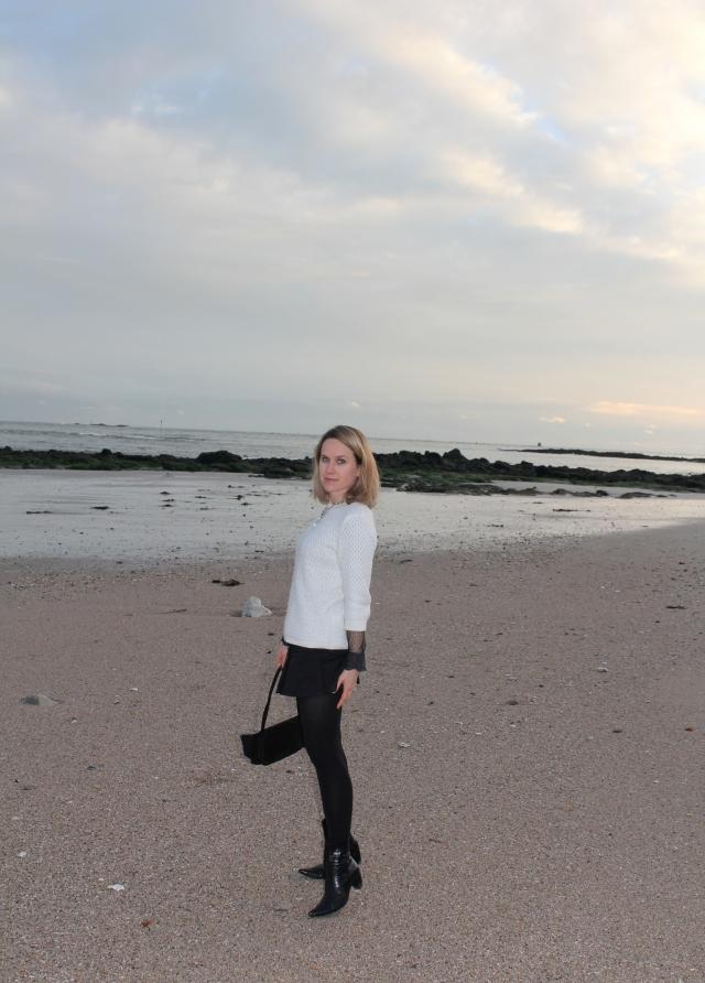 Walking on the beach (22)