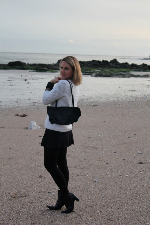 Walking on the beach (25)