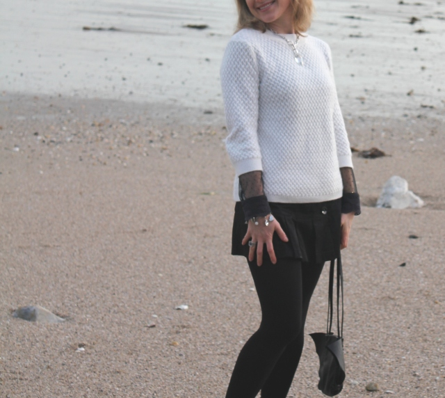 Walking on the beach (28)