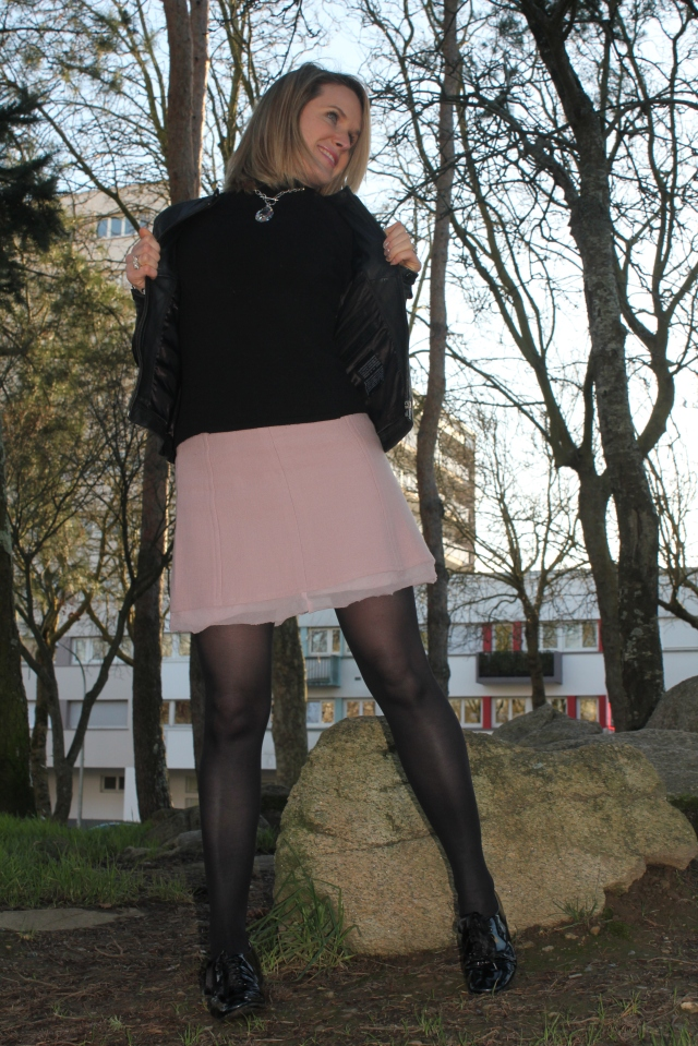 Black & Pink with Poppers (30)