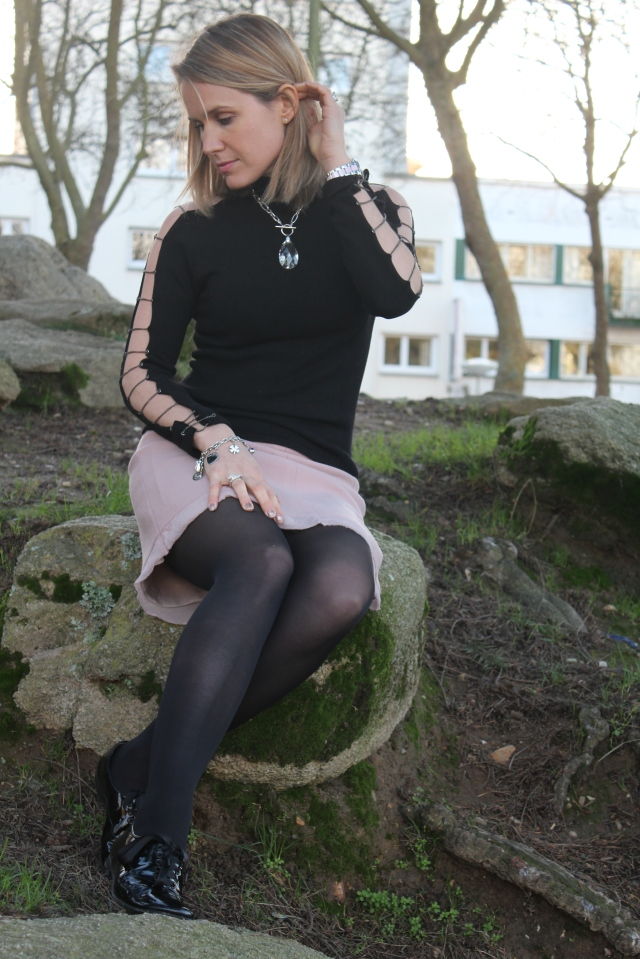 Black & Pink with Poppers (49)