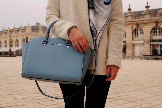 Michael Kors Baby Blue bag by Grafftisdiaries