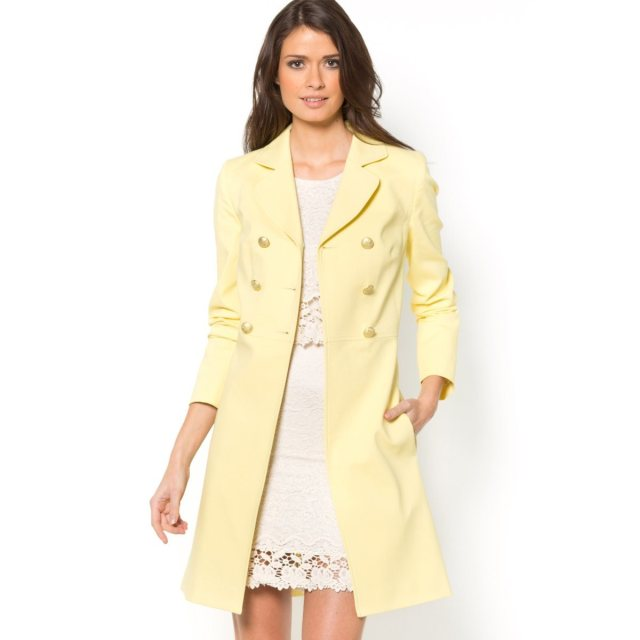 Mlle R - Yellow coat A