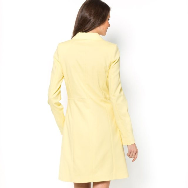 Mlle R - Yellow coat B
