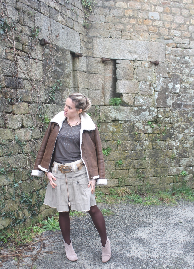 Aviator with skirt (1)