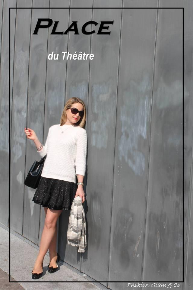 Place du Théâtre TITLE