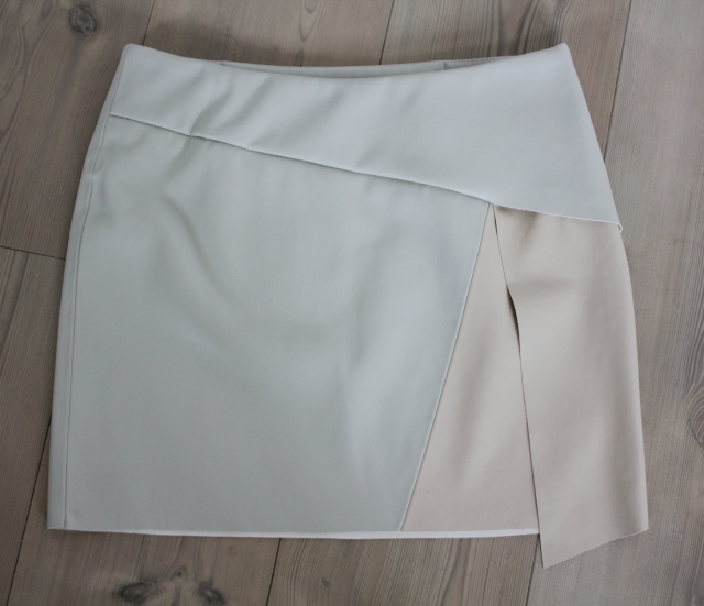 New In faux leather skirts (2)